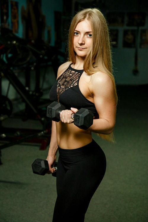 Персональный тренер тренажерного зала Fox Club Анна Русина
